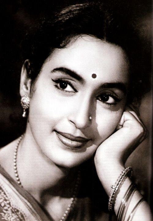 Hindi Movie Actress Nutan  Beautiful Indian Actress
