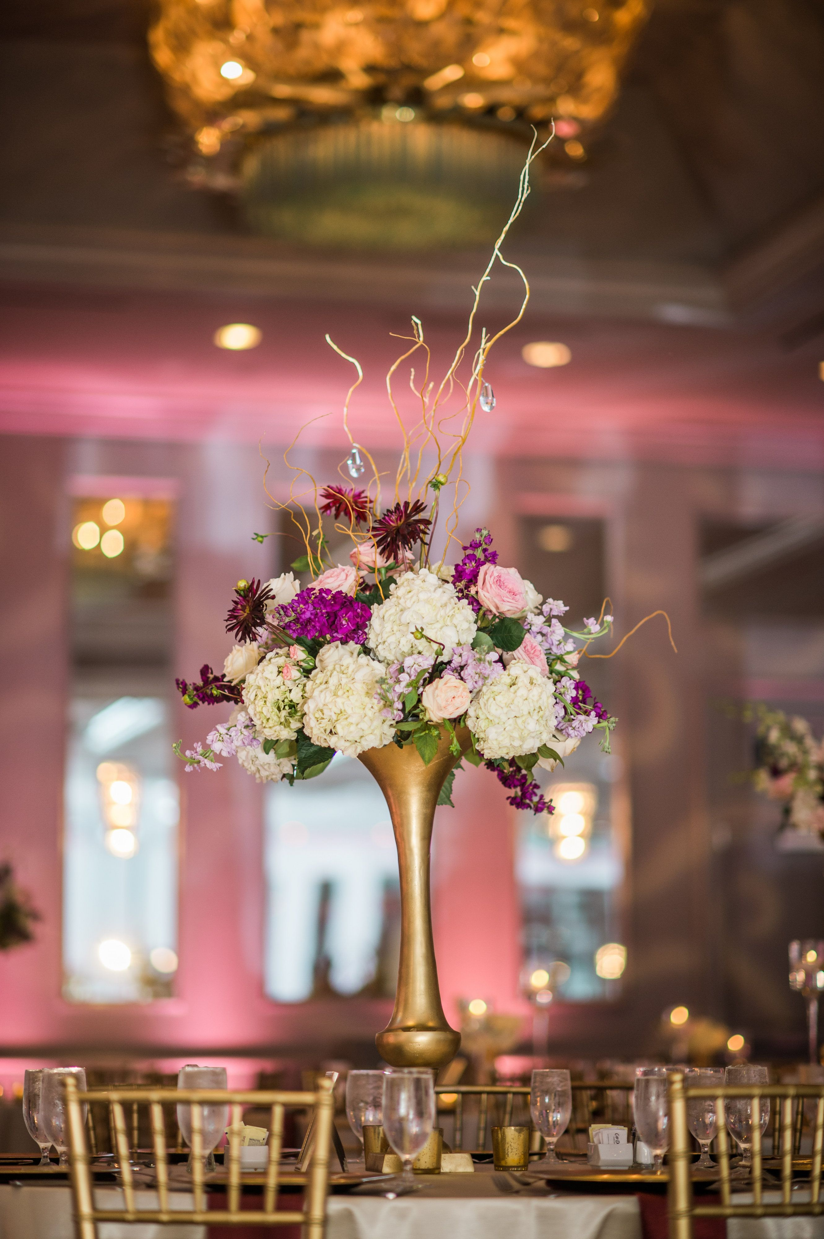 Nothing Like A Show Stopping Centerpiece To Add Your Wedding Design Www Beckybrides