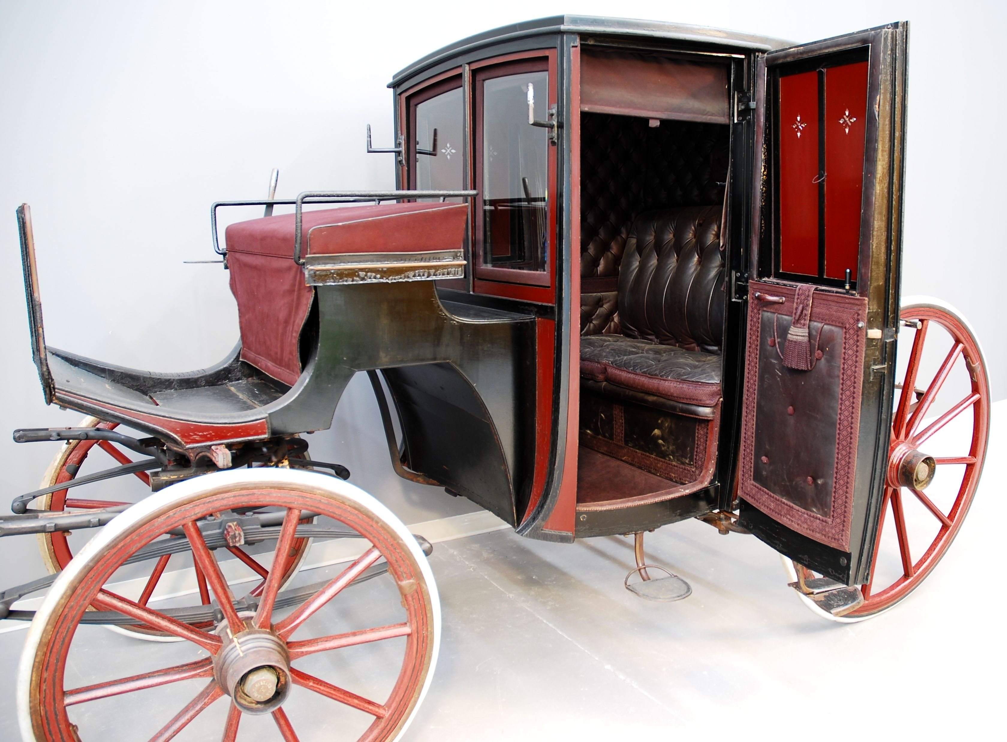 Brougham carriage carriages and sleighs pinterest for Car carriage