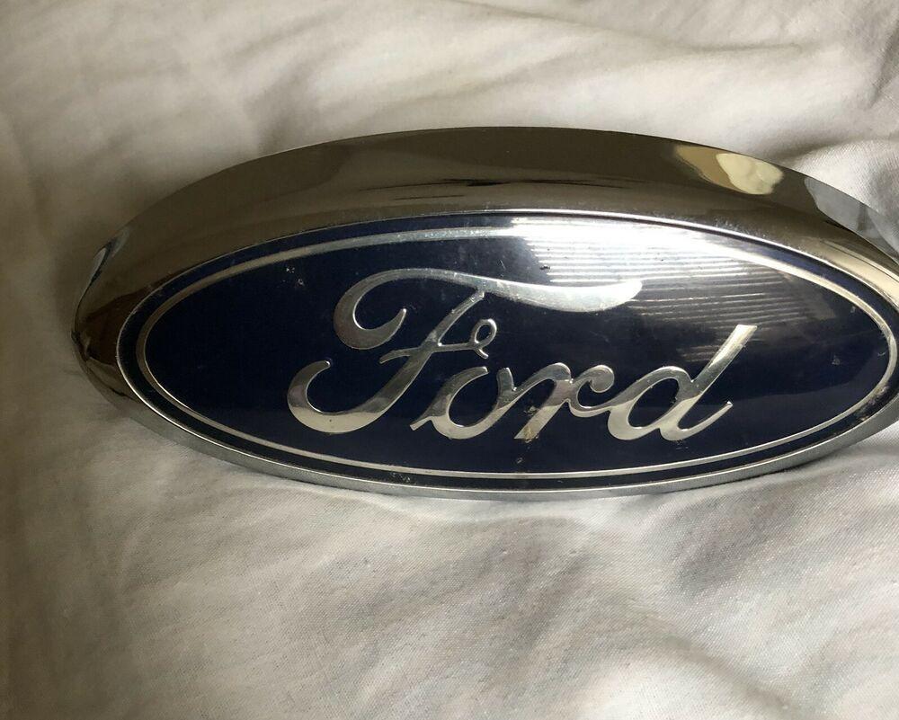 New Genuine Ford Emblem 9T1Z8213A 9T1Z-8213-A OEM