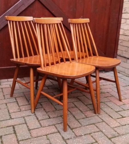 Awesome Set Of 4 Mid Century Ercol Style Wooden Spindle Back Dining Alphanode Cool Chair Designs And Ideas Alphanodeonline