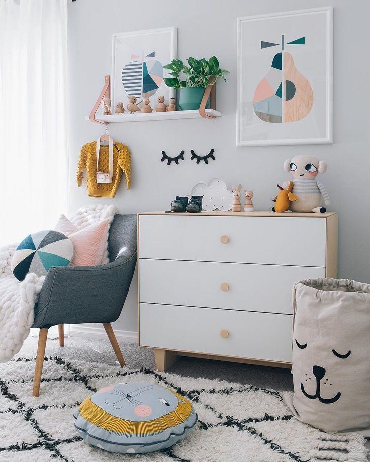 Kinderzimmer weiß gelb rosa blau schlicht Kinder zimmer