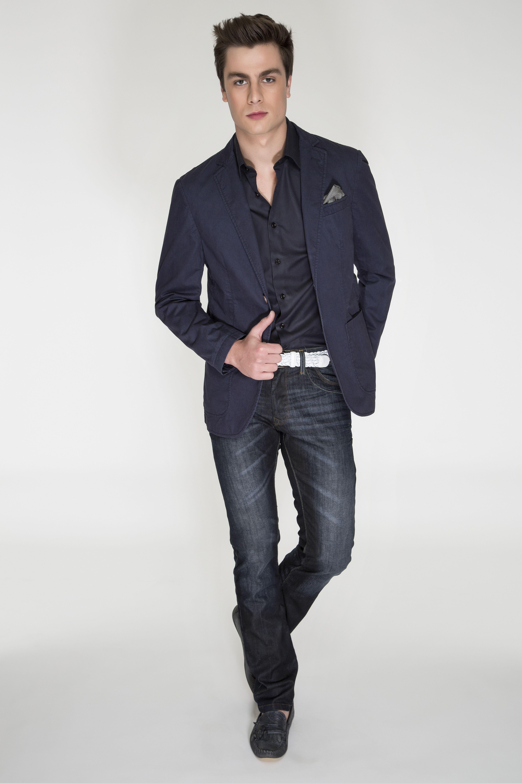 c5bb6980cd Camisa e blazer azul marinho