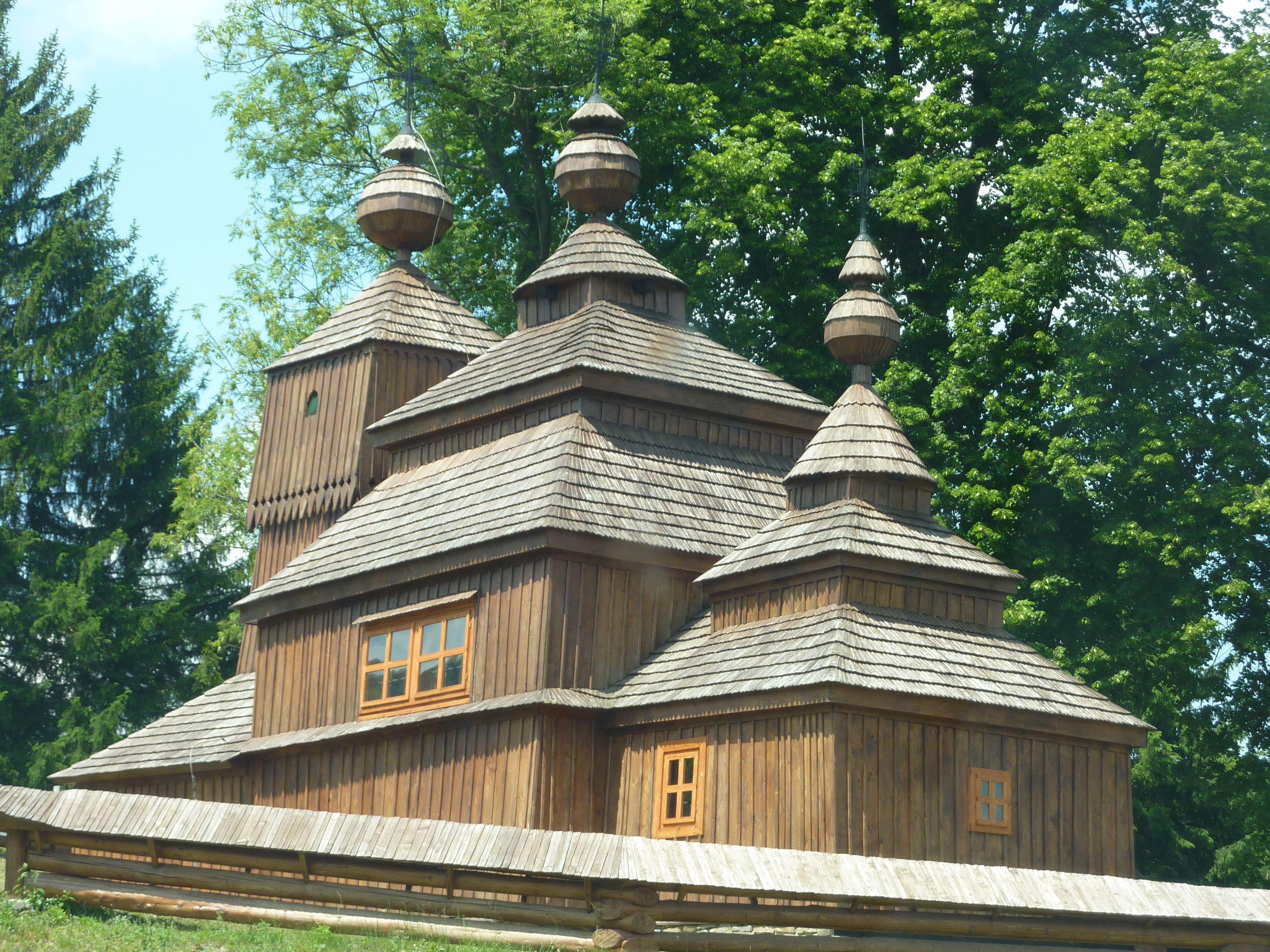 Bodruzal wooden church - June 2014