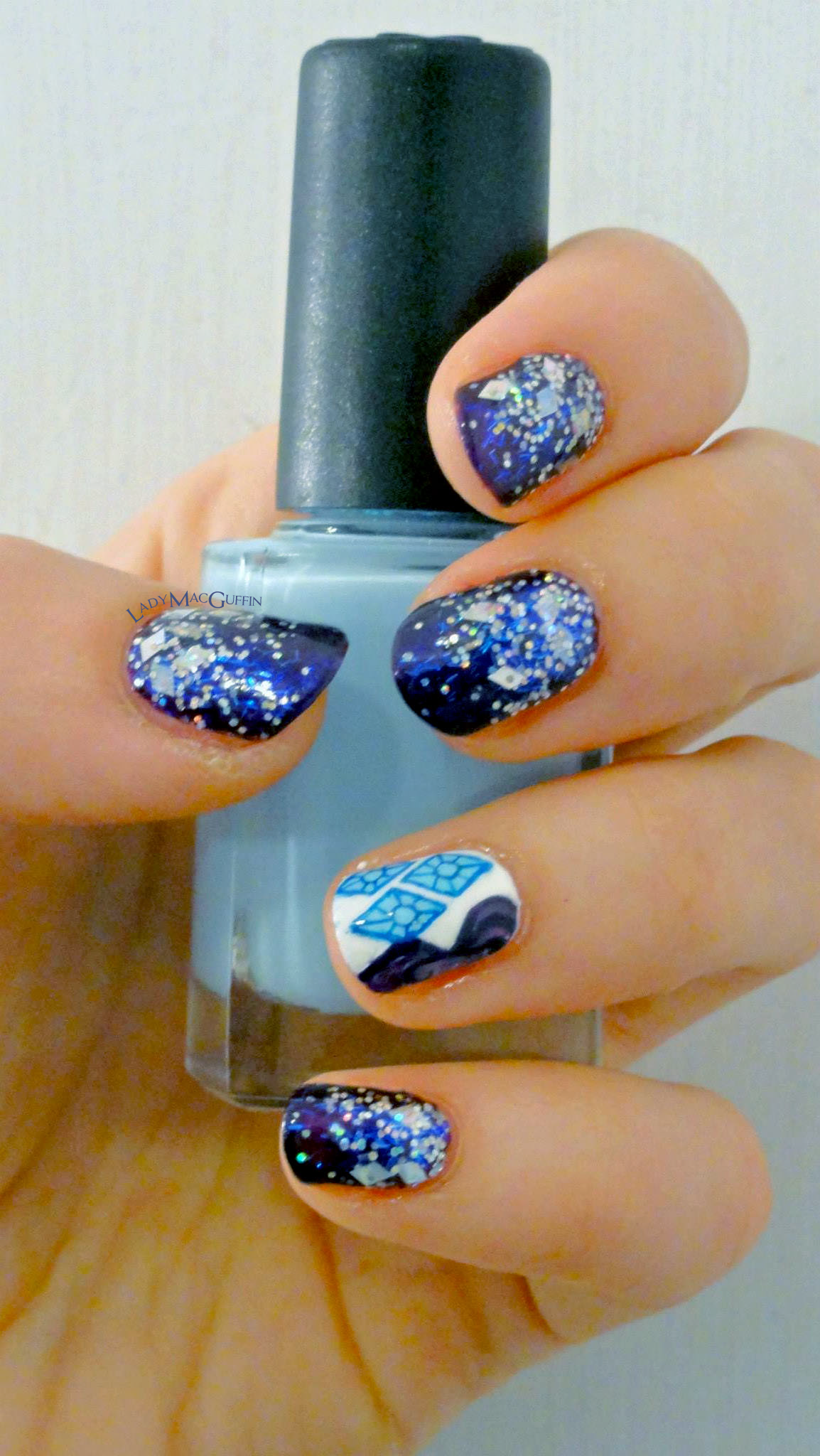 Rarity-inspired nail art by LadyMaGuffin #rarity #mlp #nailart