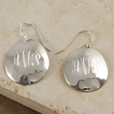 Tear drop sterling silver hammered earrings with optional personalized monogram initials only $39 http://pinterest.com/dorothy5211/silver-earring/