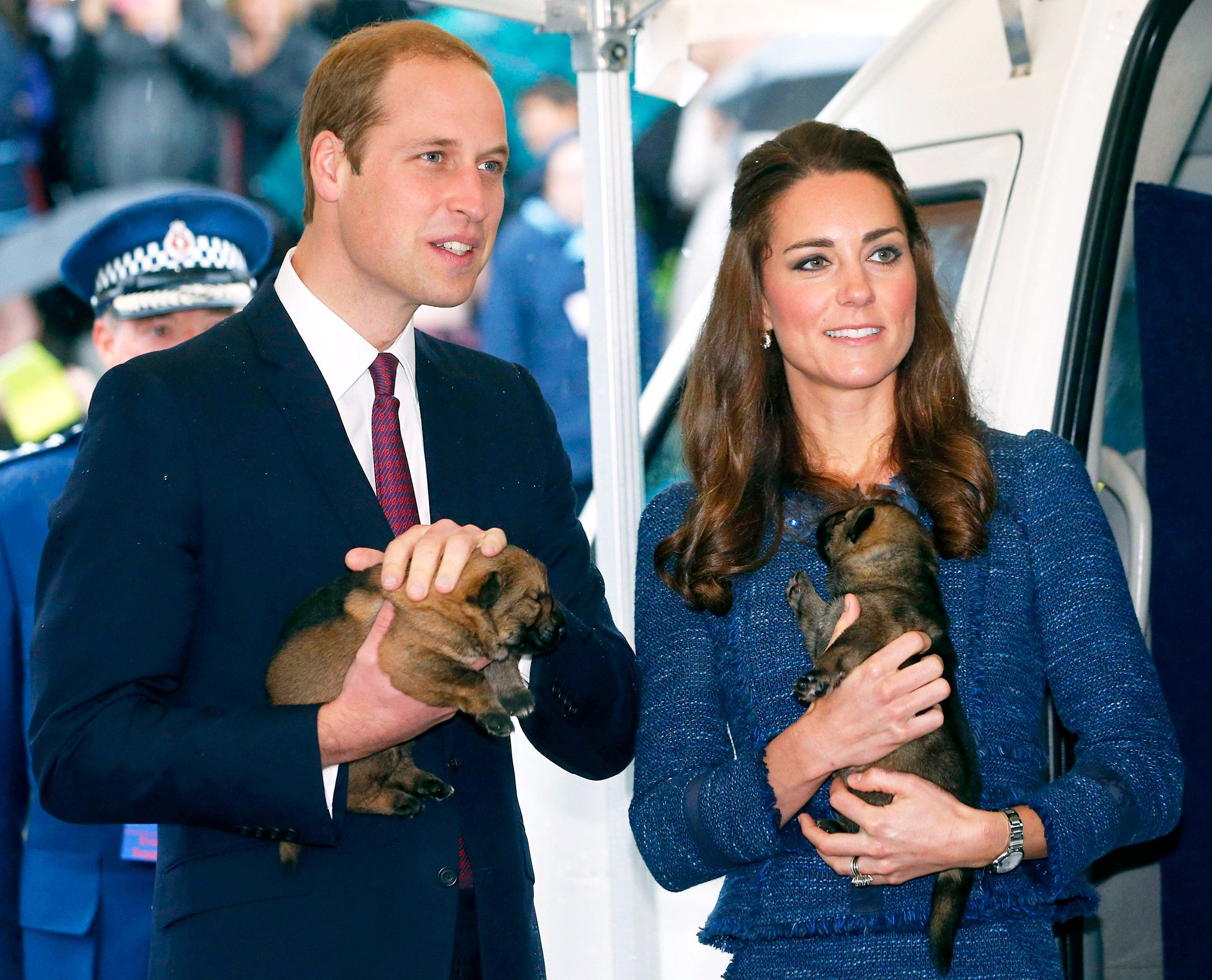 Kate Middleton Prince William Pose With Puppies In New