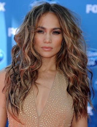Fierce and sexy beach waves works even on Red carpet as Jennifer Lopez  proves it. 80c1bc3b080