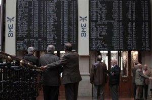 El Ibex cede un 0,84%, pero cierra por encima de los 7.100 puntos   Bolsa Spain