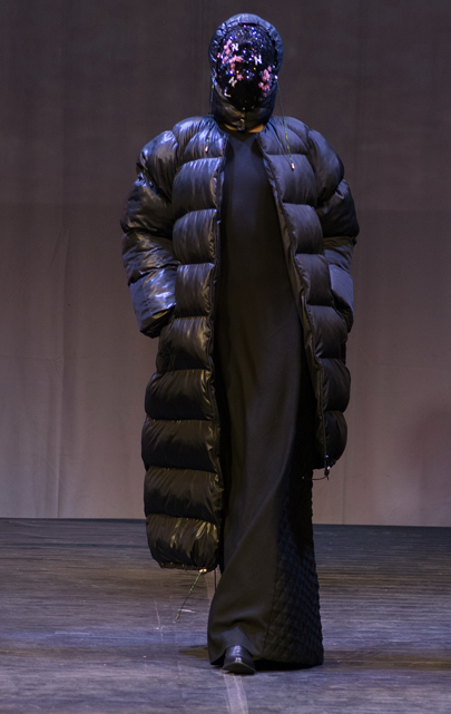 """Modeconnect.com features fashion competition """"Fashion Formula: East – West"""" at the Omsk State Institute of Service. Best collection in performance: Grigory Korobeynikov collection 'Princess'"""