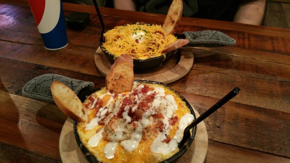 mac and cheese shop wi dells