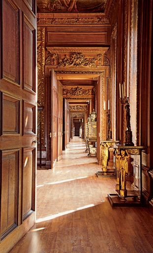Chatsworth House History: Chatsworth House Enfilade. Carving By Samuel Watson