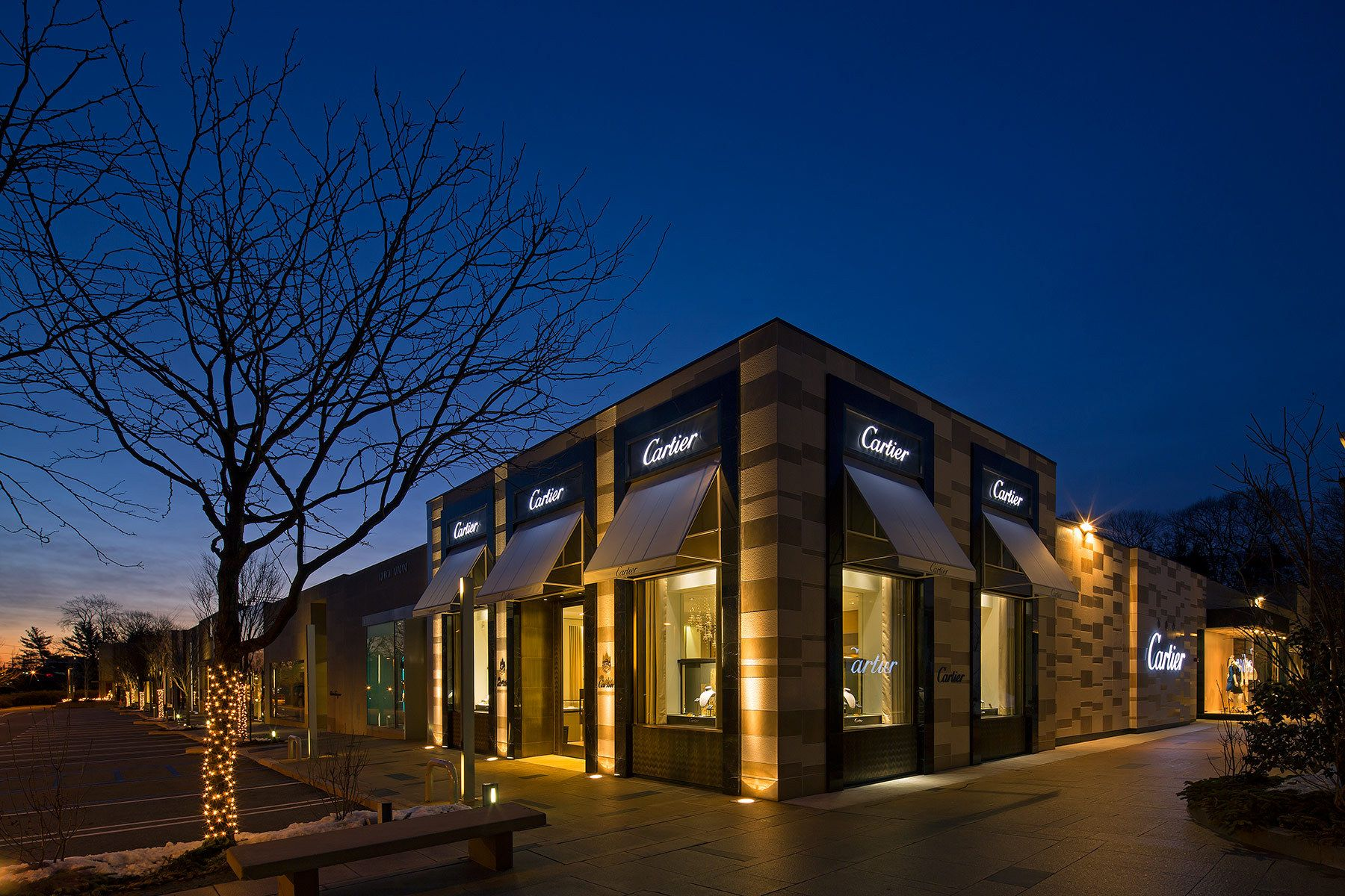 Architecture Exterior: Modern Retail Architecture - Google Search