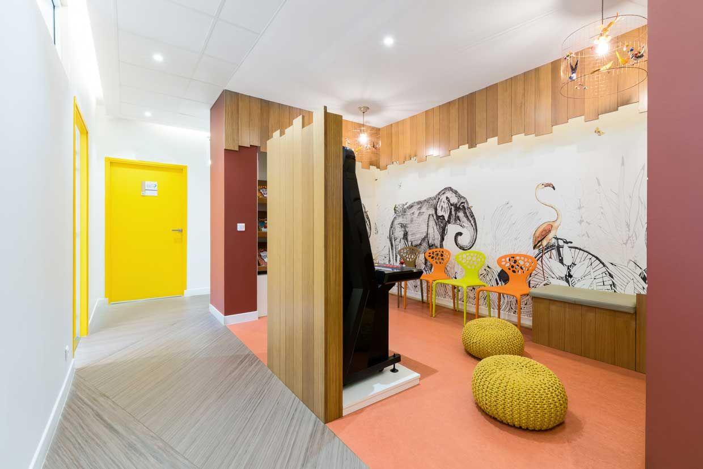 Centre Dentaire Paris Barbes Reality Fantasy Design Decor Pour Cabinet Dentaire Design De Cabinet Dentaire Architecte Interieur