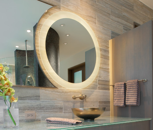 13 Dreamy Bathroom Lighting Ideas: Circular Mirror With Sandblasted Edging
