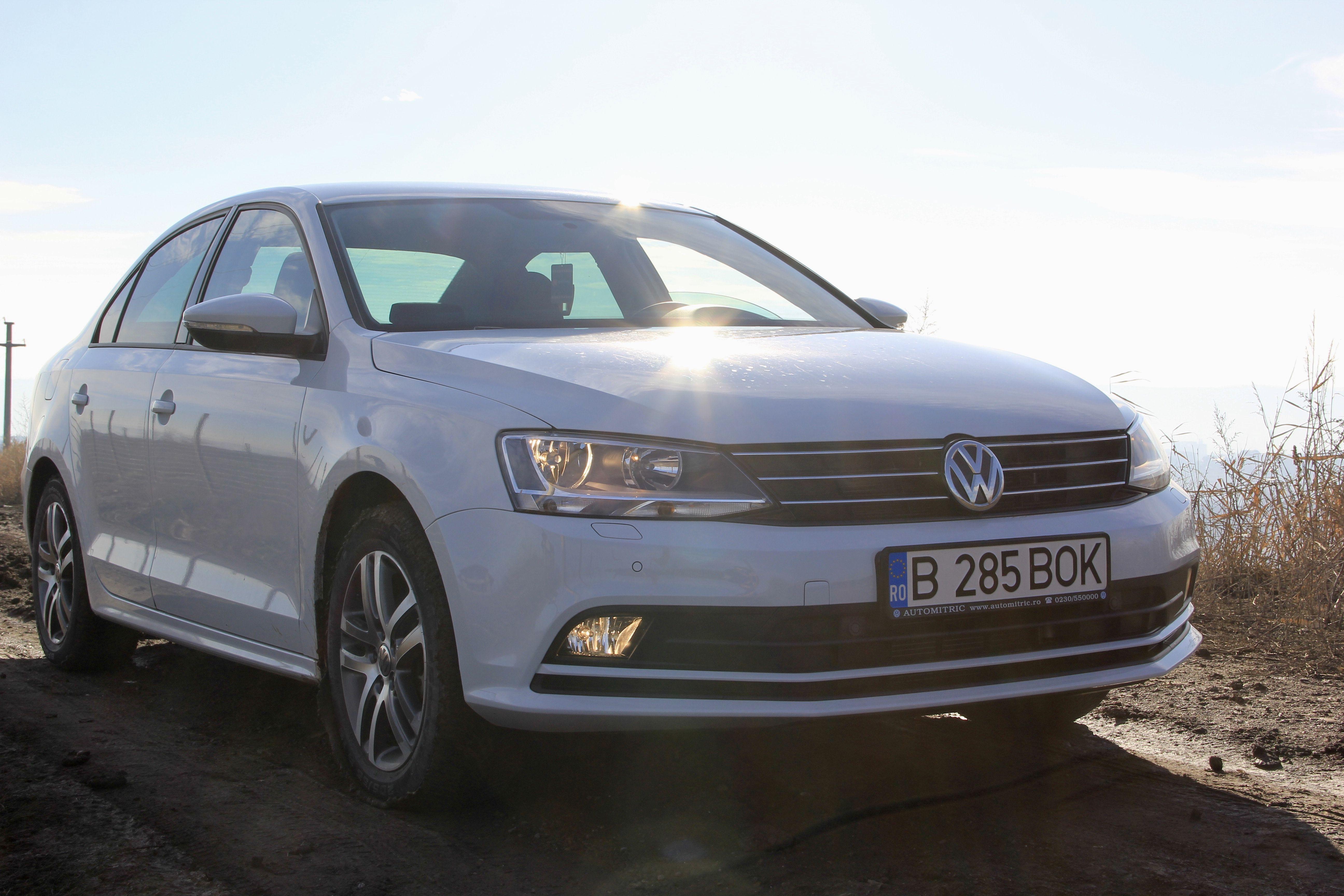 VW Jetta de inchiriat in Bucuresti Cool cars, Travel