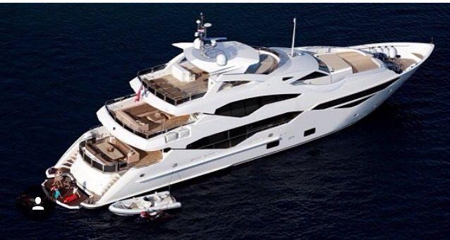 Sunseeker 131 Yacht || #sunseeker #131yacht #yat #yacht #tekne #süperyat #superyacht #boat #deniz #sea #luxury #luxuryworld #yachtworld #wealthylife #yachtlife #boatlife #yachting #motoryat #motoryacht #boating #sealife #yatvitrini .. http://www.yatvitrini.com/sunseekerdan-yeni-model---131-yacht?pageID=128
