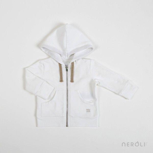 510e7798fdd Sudadera blanca con capucha y cremallera (bebé y unisex) de Douuod.  baby   boy  girl  jacket  fashion  NeroliByNagore  SS14  douuod