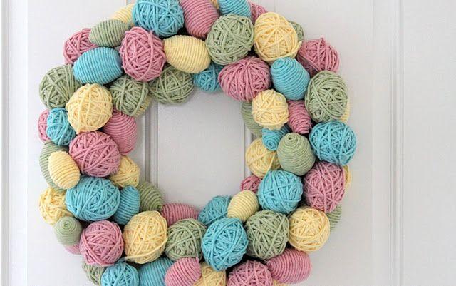 Yarn Egg Wreath - tutorial