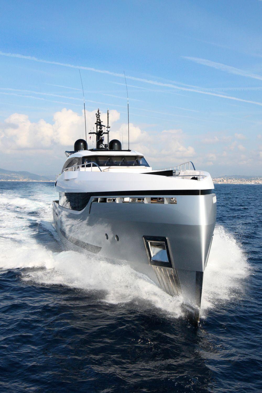 Luxury superyacht keyla interior by hot lab luxury yacht charter - Luxury Boats
