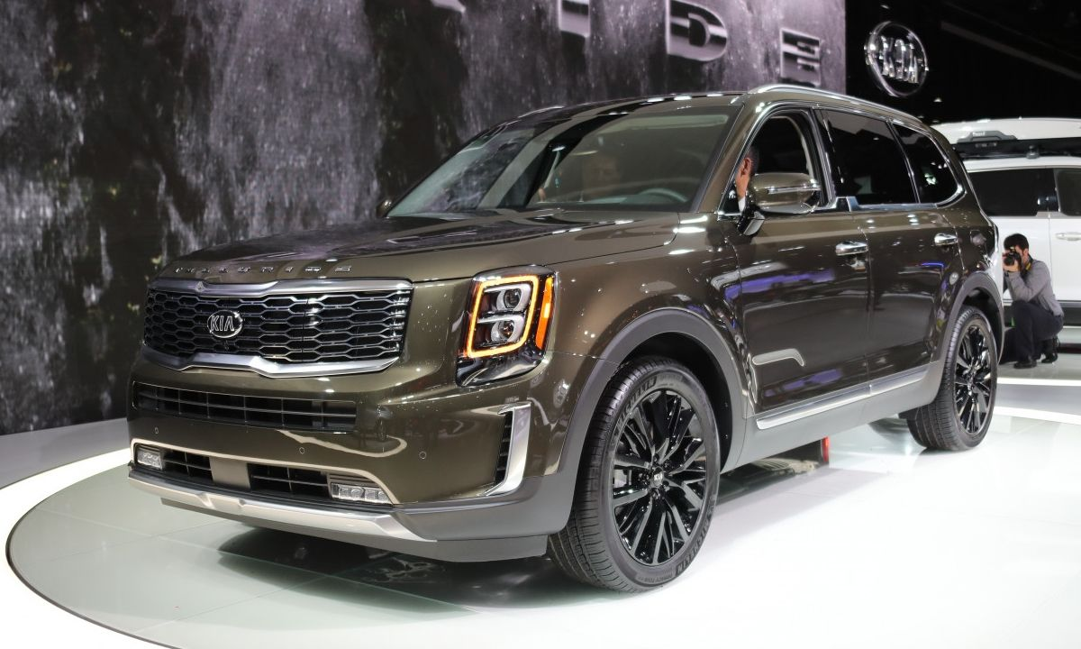 Kia S New Telluride Suv Is Big Enough For Your Whole Family Kia New Cars Kia Sportage