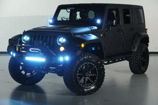 Custom Jeep Wrangler From Starwood Motors Custom Jeep Wrangler
