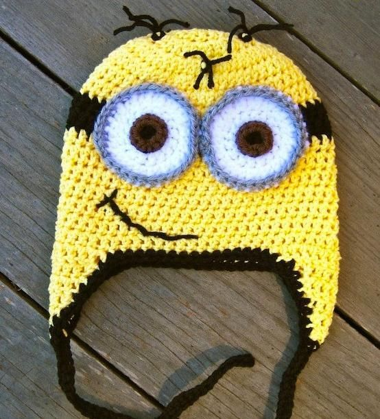 Minion Crochet Hat Pattern. So easy to make, baby to adult sizes included.