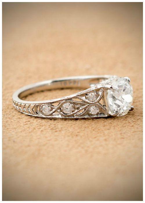 dd5bae97bf06 Antique Art Deco engagement ring with a 1.60 carat Asscher cut diamond