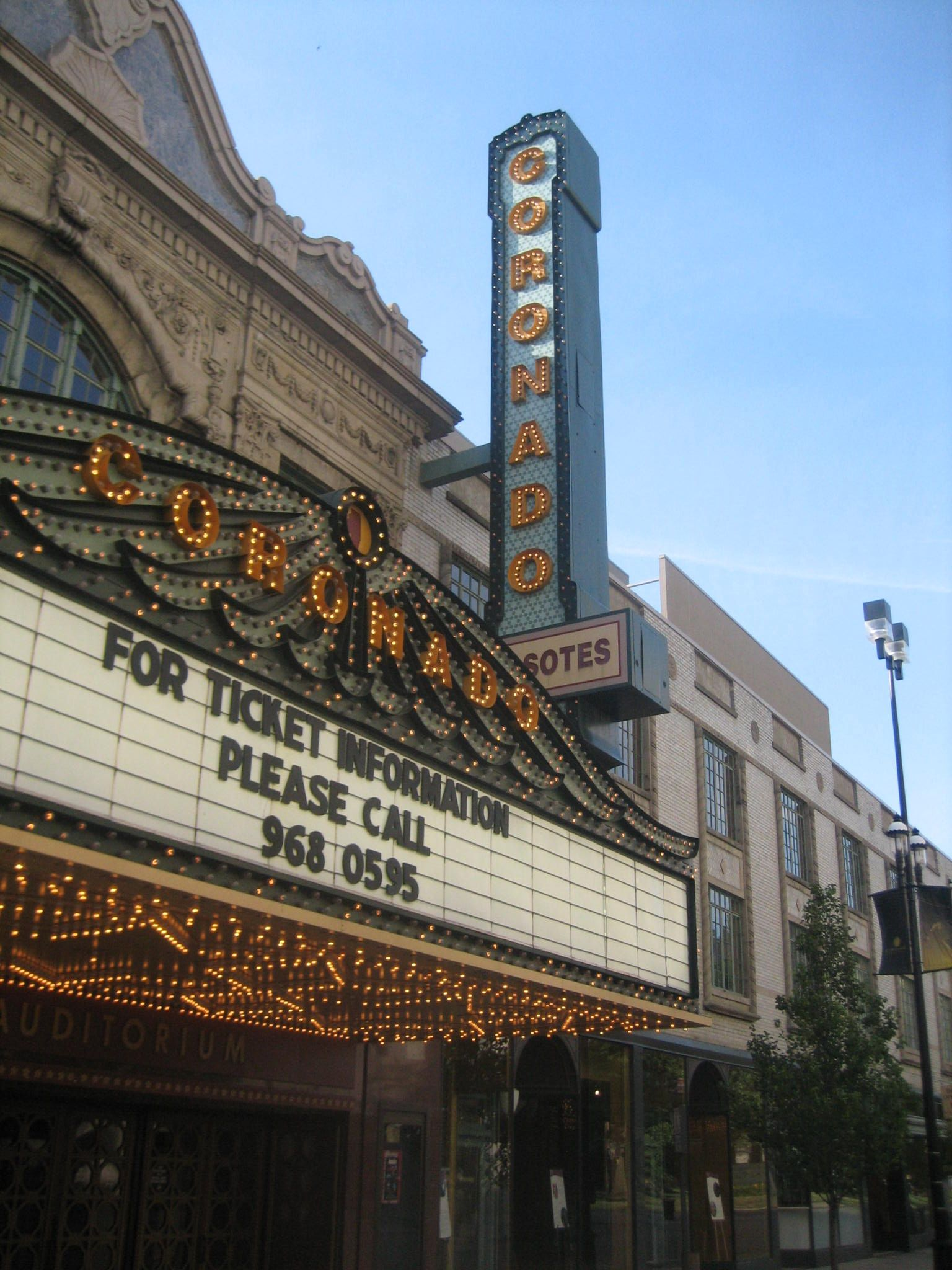 Movies playing in rockford il