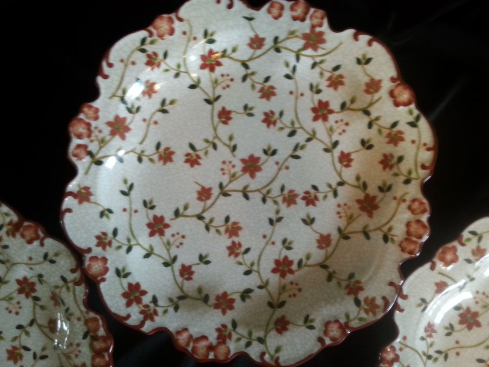 Imaco Red Floral Decorator Plates & Imaco Red Floral Decorator Plates | Lovely Things | Pinterest