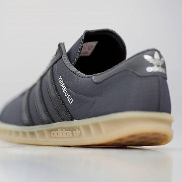 adidas Originals Hamburg Tech: Grey