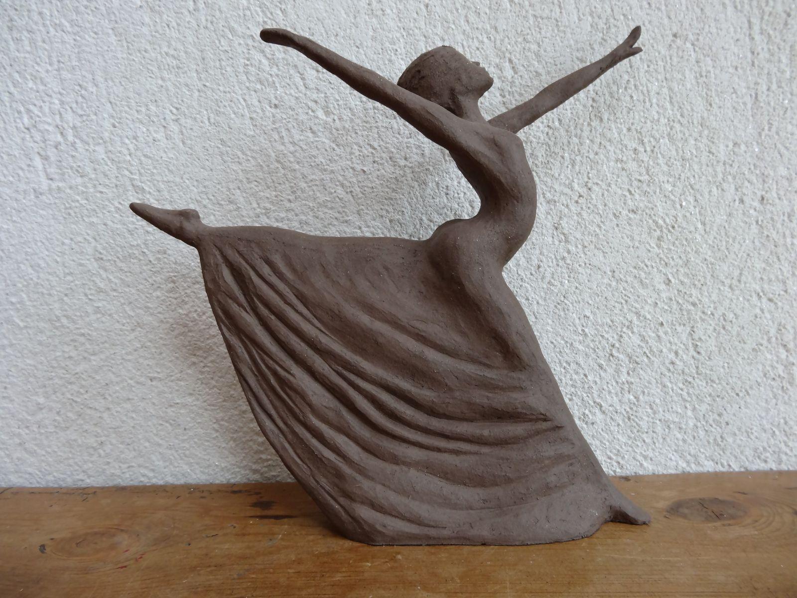 modelage id es sculptures argile id es de sculpture sculpture argile et sculptures c ramiques. Black Bedroom Furniture Sets. Home Design Ideas