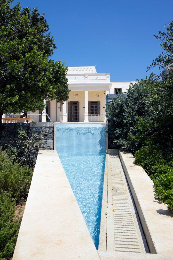 Triangle Pool @ Archondiko Koulouri in Syros