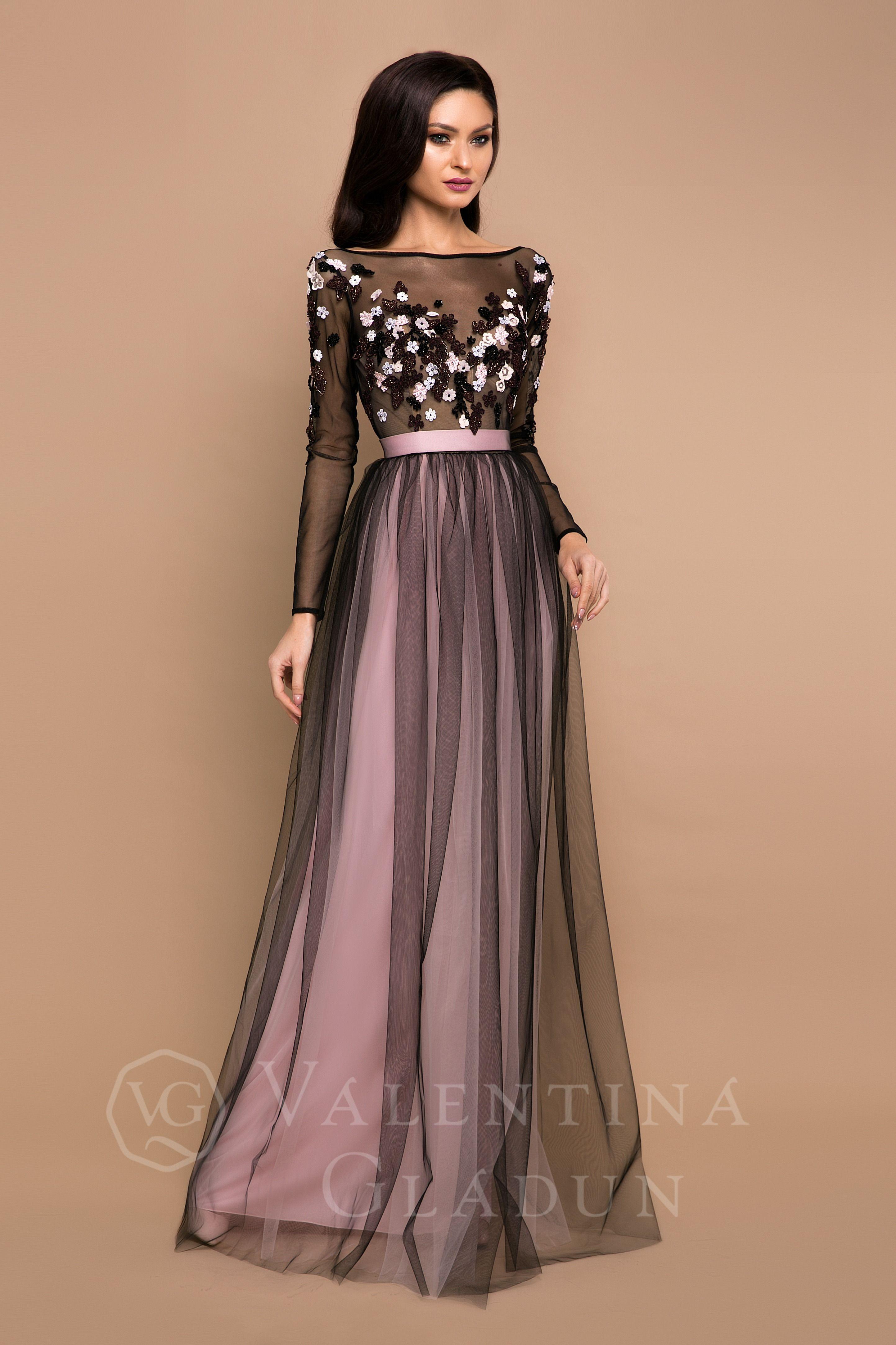 8046e61d97b Дизайнерское вечернее платье Лиф и длинные рукава изготовлены из нежного  евро-фатина. Юбка легкая