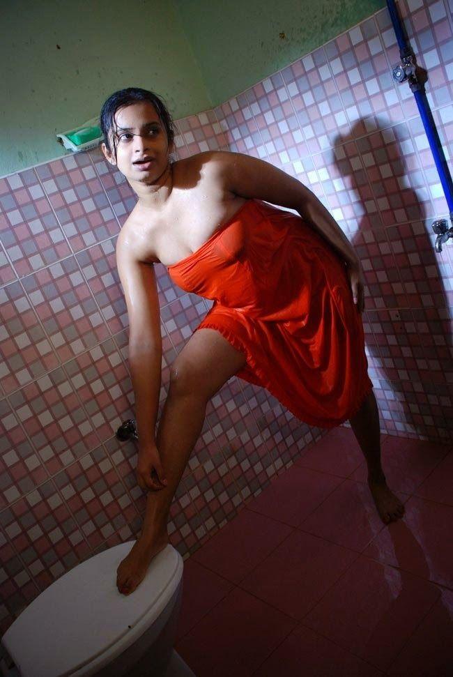 kareena-kapoor-oregon-nude-image-momma-spanking-babe