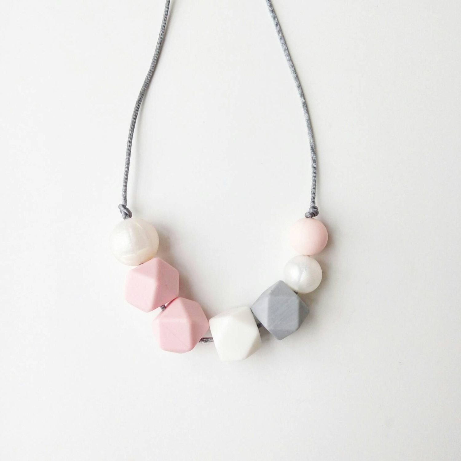 Amelia Silicone Teething Necklace | Loulou Lollipop