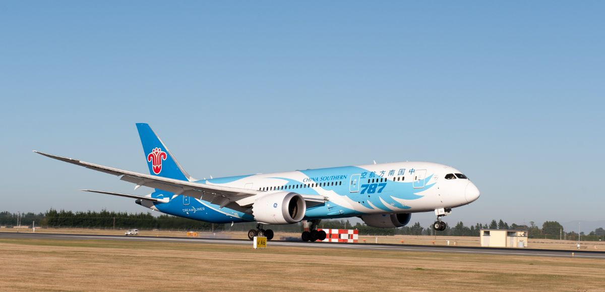 Christchurch Airport China Southern Airlines' B787