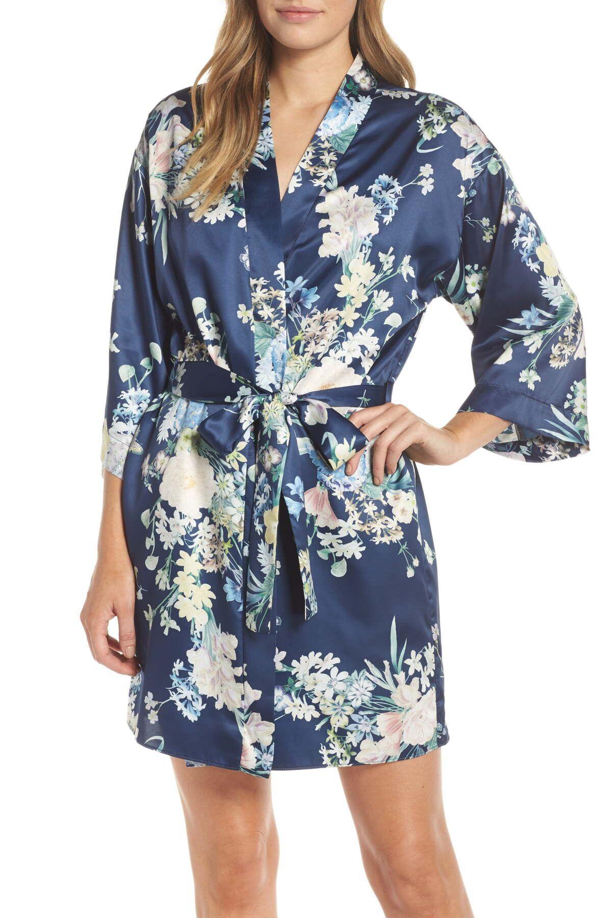 Flora Nikrooz Sleepwear   Petra Short Robe   Nordstrom Rack #nordstromrack