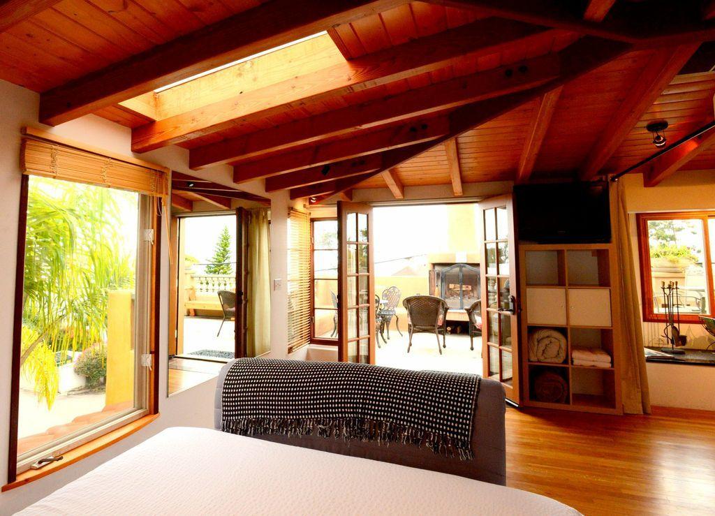 Patio Suite Of The Secret Garden Inside The Les Artistes Inn, Del Mar  California With Ocean Views. #hiddengems #Hotels #DelMar #Beach #SanDiego  #SD #SoCal ... Design Inspirations
