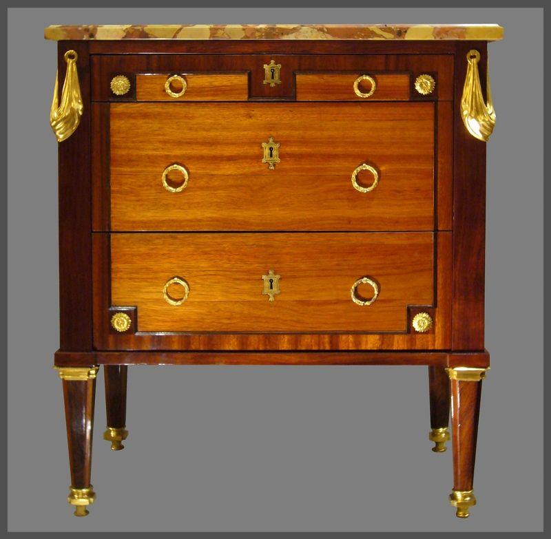 Commode Ecritoire D Epoque Louis Xvi Antiquites Rigot Antiquaire A Lyon Louis Xvi Antiquaire Mobilier De Salon