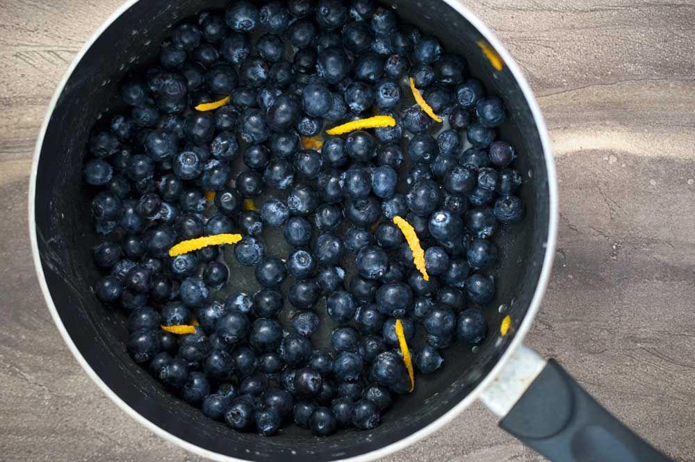 Deep Fried Blueberry Pies Deep Fried Blueberry Pies uncategorized