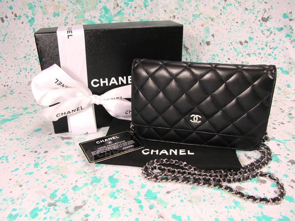 e74d0ee8d7cb Portero Chanel Cambon Wallet on a chain... Hot pink interior... $2398.00 |  my style | Buy chanel bag, Chanel handbags, Chanel cambon