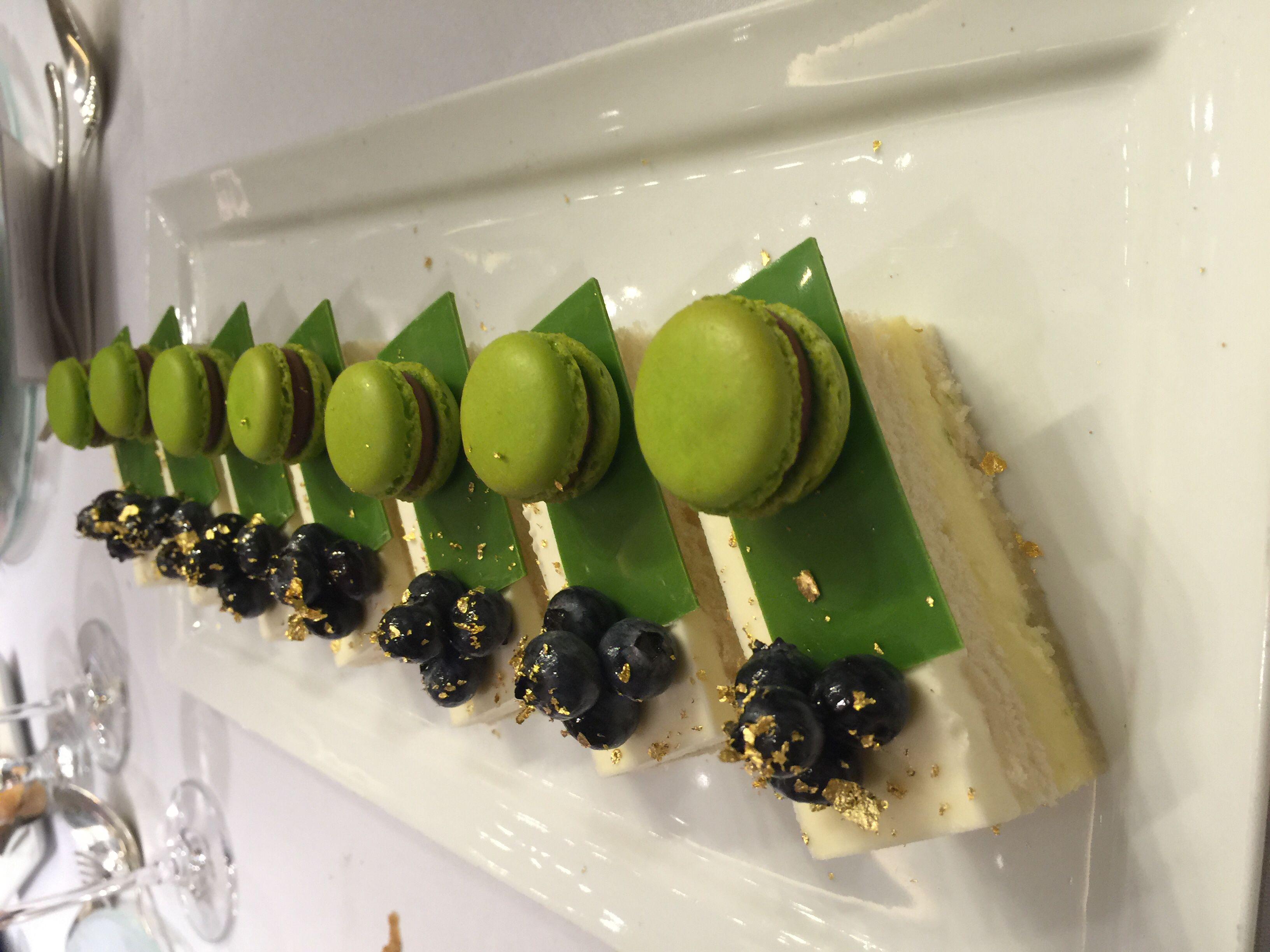 Key Lime wedding cake Lime wedding, Sweet treats, Key lime