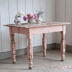 pink chippy table - rachel ashwell