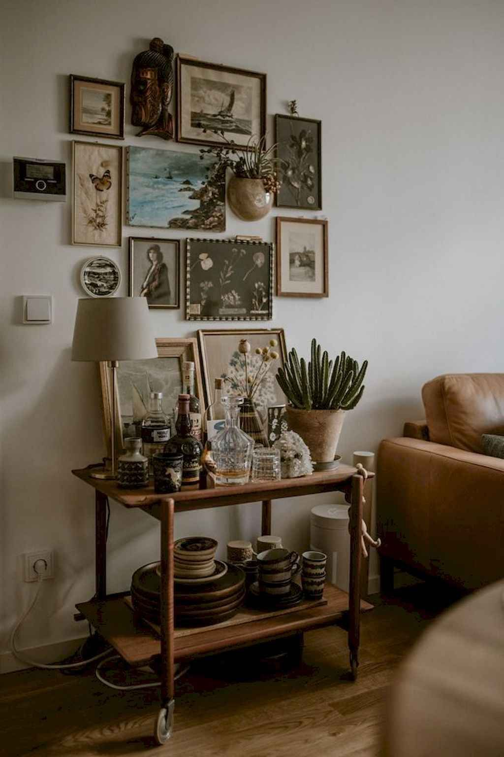 60 Cozy Bohemian Living Room Decor Ideas Gladecor Com In 2020 Bohemian Living Room Boho Chic Living Room Bohemian Living
