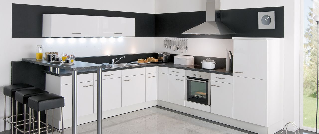 cuisine-integree-aviva-Jena-blancjpg (1280×540) idee cuisine - amenager une cuisine ouverte