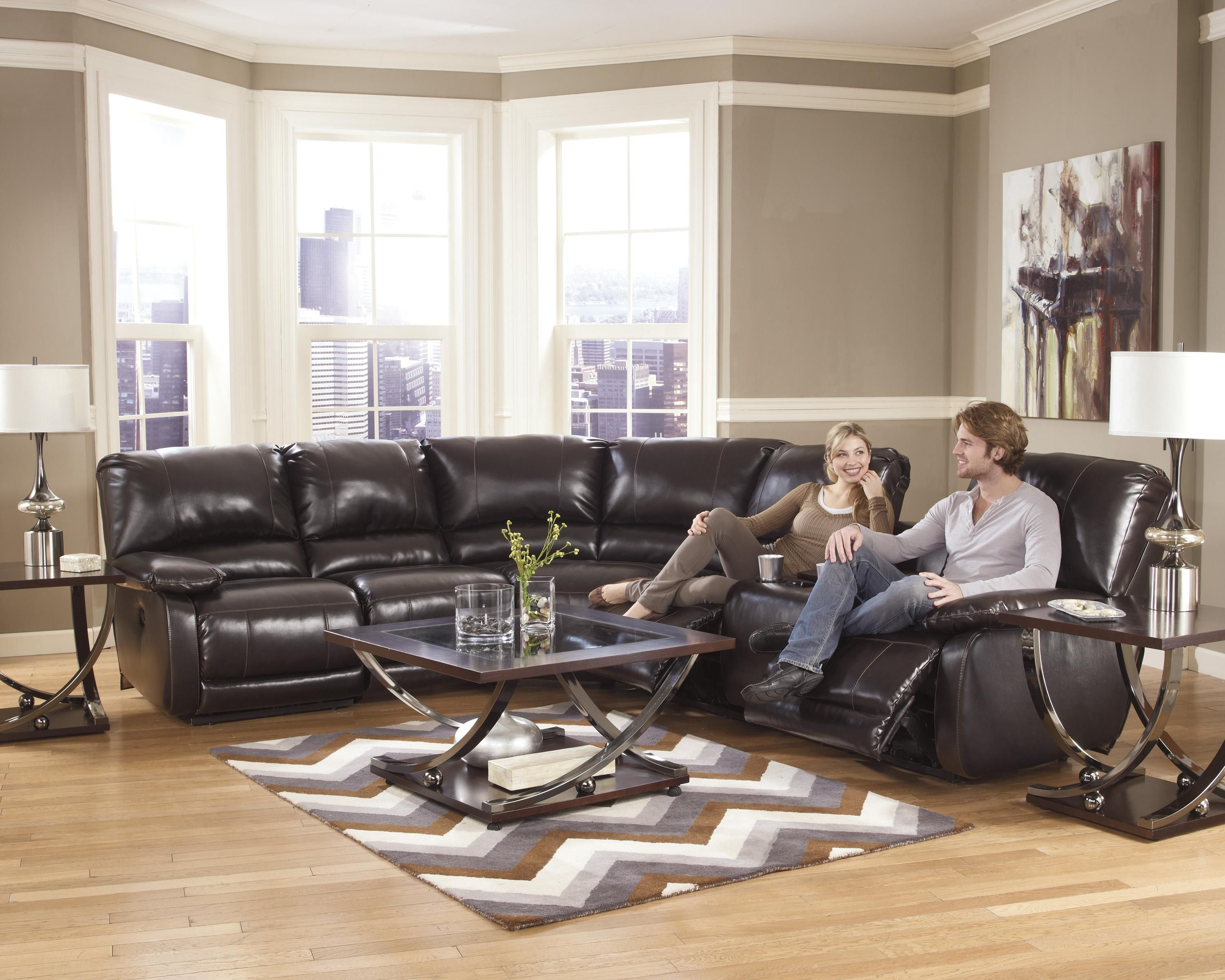 High Tech Functionality Adds Luxury To This Contemporary Brown