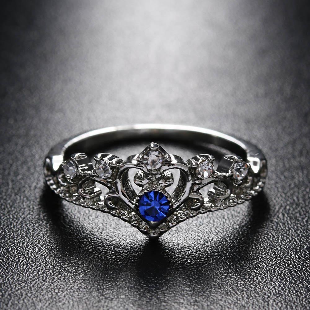 Free Lovely Heart Shape Crown Ring For Women Rings