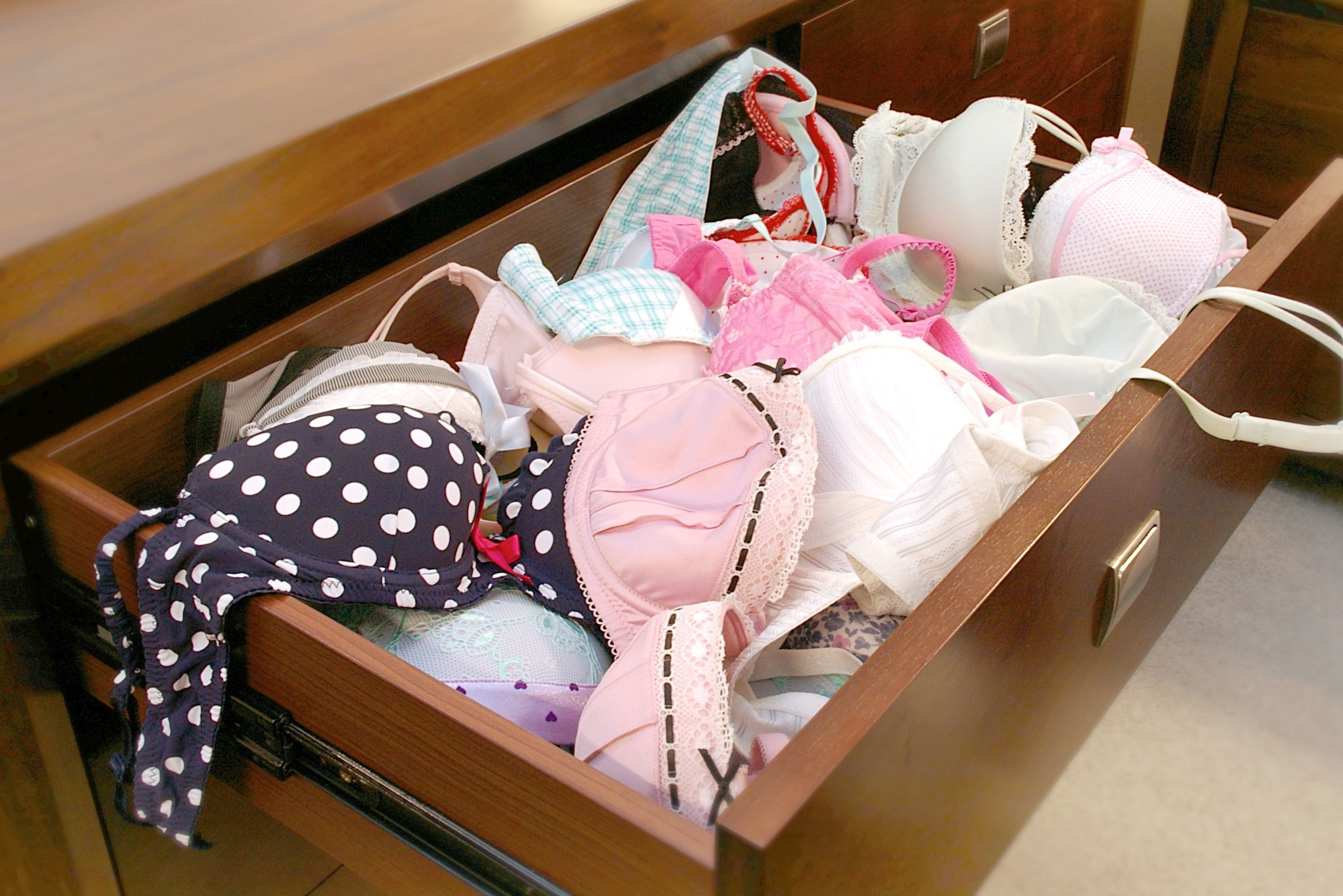 fb1034ce6809a Without Boobie Trap Bra Storage System (how most of our drawers look) Bras  are getting squashed