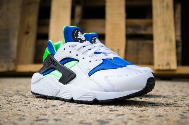 2952eb3df891e NIKE AIR HUARACHE OG SCREAM GREEN 2014 RETRO - Sneaker Freaker ...